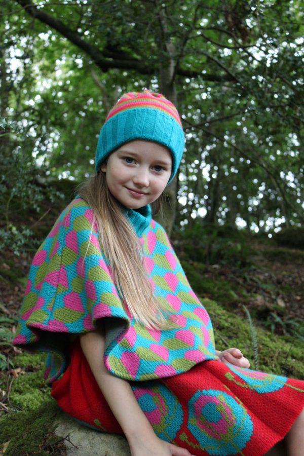 Heart Poncho Irish Childrens Knitwear PONCHO6-2 Linda Wilson Knitwear Irish Designer Limerick