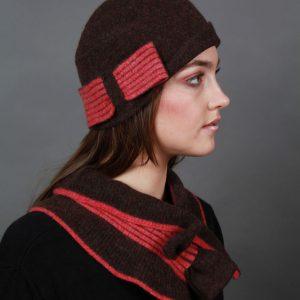 Bow Hat HAT26bow-1 Linda Wilson Irish Knitwear Designer Limerick
