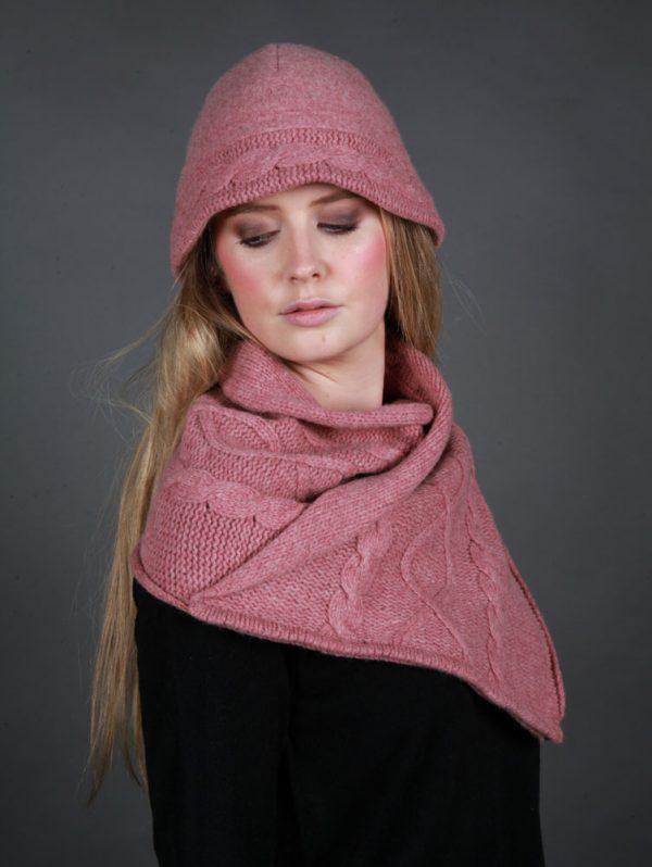 Cloche Style Cable Hat HAT20-3 Linda Wilson Irish Knitwear Designer