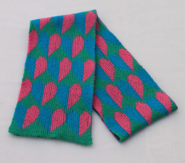 Heart Scarf SCF9-4 Linda Wilson Childrens Knitwear Irish Designer Limerick