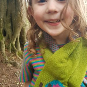 Pull Through Scarf SCF10-1 Linda Wilson Childrens Irish Knitwear Designer