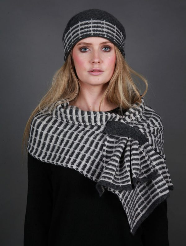 Pull Through Tuck Scarf SCF15-1 Linda Wilson Irish Knitwear Designer