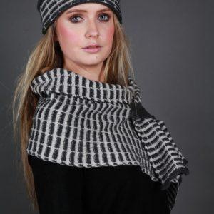 Pull Through Tuck Scarf SCF15-2 Linda Wilson Irish Knitwear Designer
