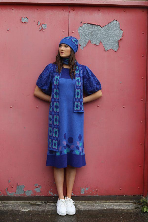 Retro Daisy Long Scarf 3 Linda Wilson Irish Knitwear Designer Limerick
