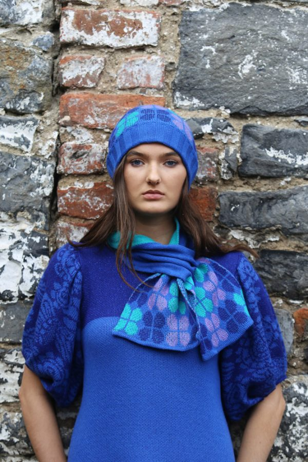 Retro Petal Pull Through Scarf 1 Linda Wilson Irish Knitwear Designer Limerick