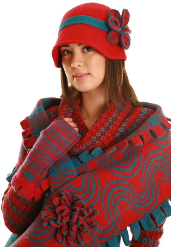 Vintage Blossom Hat HAT4-2 Linda Wilson Irish Knitwear Designer